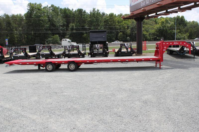 2016 PJ 40ft Low Pro Gooseneck w/ 12K Axles & Hydraulic Tail