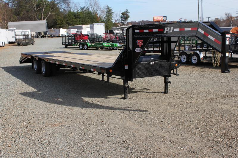 2018 PJ Trailers 32' Lo Pro Gooseneck w/ Monster Ramps