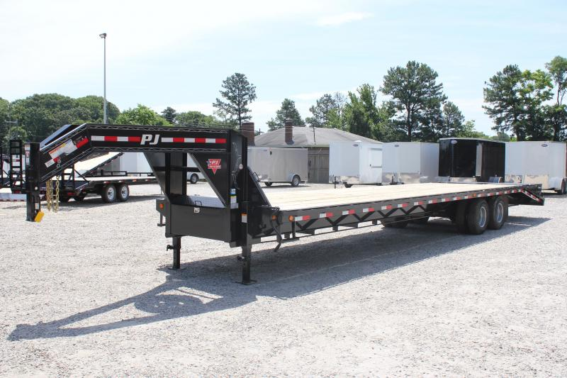 2019 PJ Trailers 36ft FD 24K Equipment Trailer w/Flip-over Monster Ramps