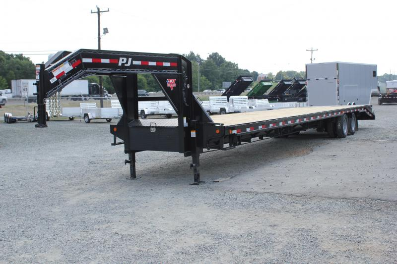 2019 PJ Trailers 40 FD Gooseneck w/ AIR RIDE 12K Axles & Monster Ramps