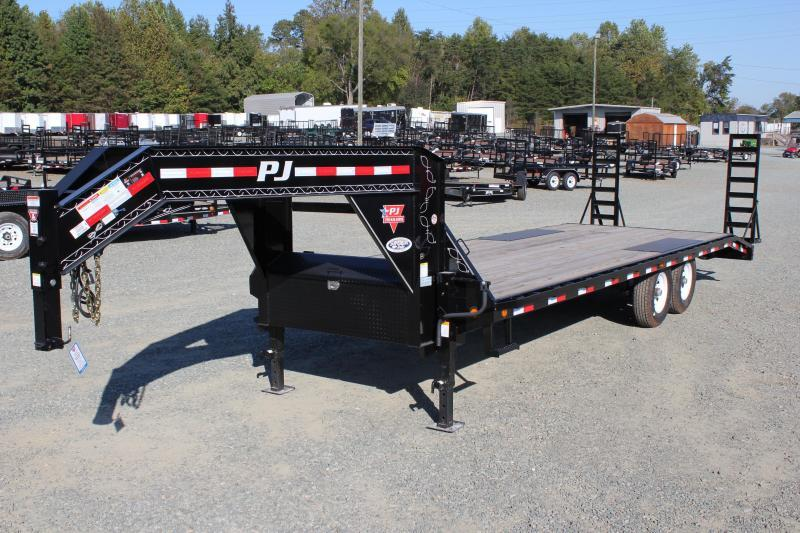 2018 PJ Trailers 24 F8 Gooseneck w/ Fold Up Ramps