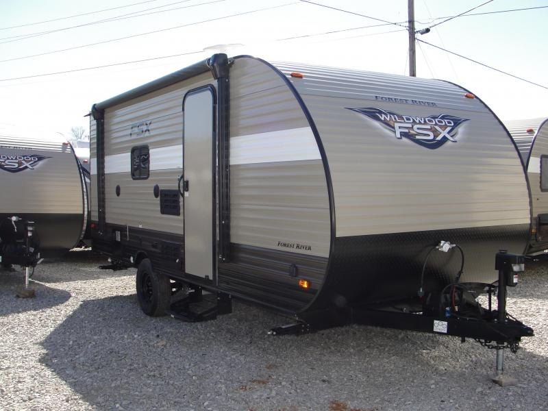 2018 Wildwood FSX 207BH Travel Trailer