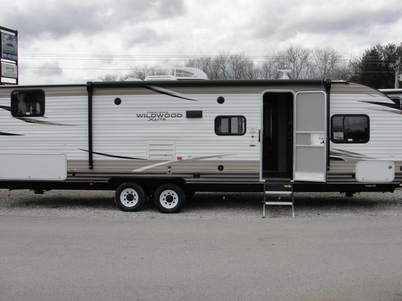 2018 Wildwood X-Lite 282QBXL Travel Trailer