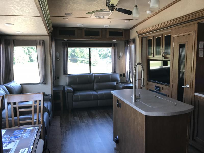 2018 Sabre 36BHQ Travel Trailer
