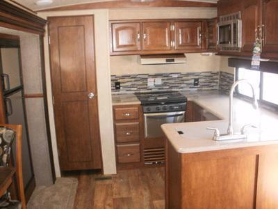 2016 Heritage Glen 302FK Travel Trailer