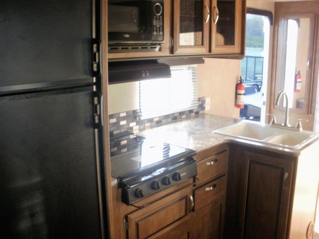 2016 Wildwood X-Lite 232RBXL Camping / RV Trailer