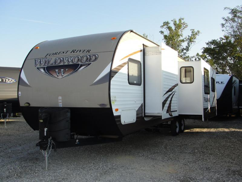 2015 Wildwood 28RLDS Travel Trailer