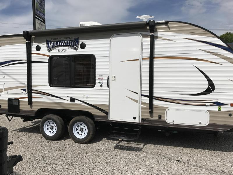 2018 Wildwood X-Lite 171RBXL Travel Trailer