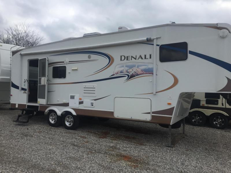 2009 Dutchmen Manufacturing Denali M-28RL-MS Travel Trailer