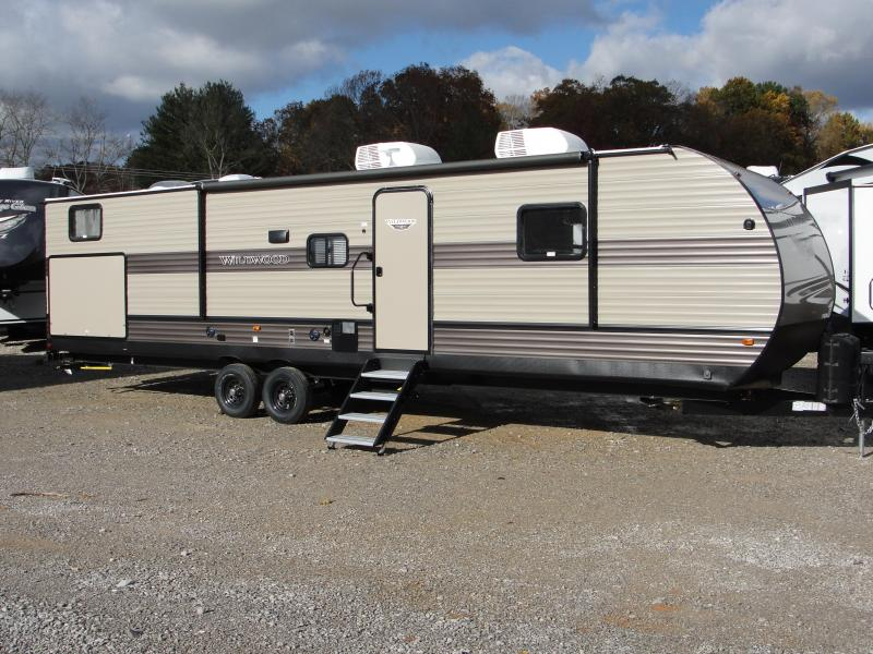 2019 Wildwood 33TS Travel Trailer