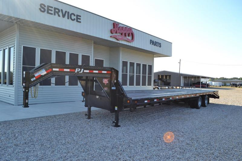 Used 2015 PJ 35' GN Flatbed w/Monster Ramps