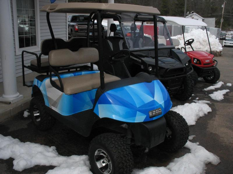 2011 EZ-GO RXV Gas Golf Cart