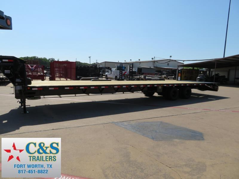 2018 Load Trail 102X40 Flatbed Trailer