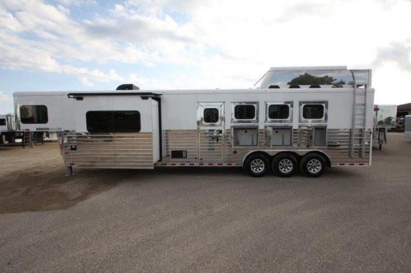 2017 Sundowner 4 Horse With 14 Lq With Slide Out
