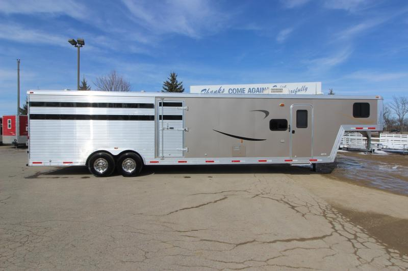 "2013 Bison Trailers 4HR Stock Combo 12 6"" LQ Horse Trailer"
