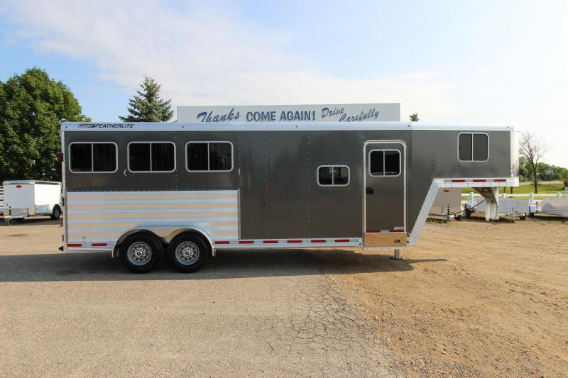 2019 Featherlite 8541 3HR 6 LQ Prep Horse Trailer