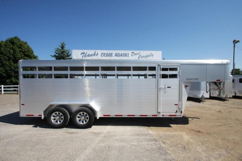 2018 Sundowner Trailers Rancher 20 GN Livestock Trailer