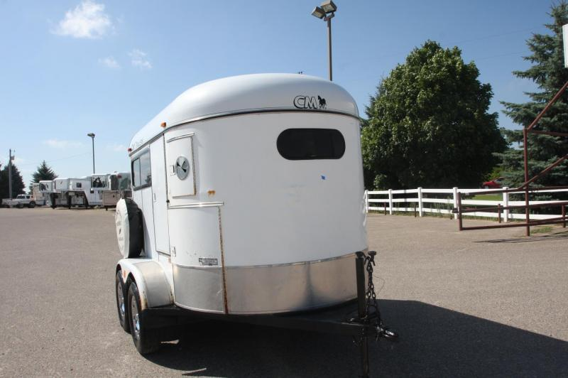 1999 CM 2HR BP Horse Trailer
