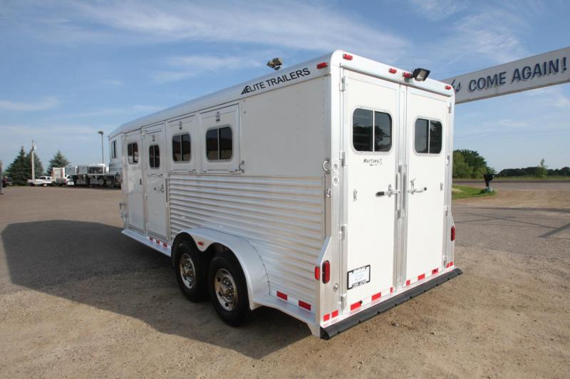 2005 Elite Trailers 3HR GN Horse Trailer