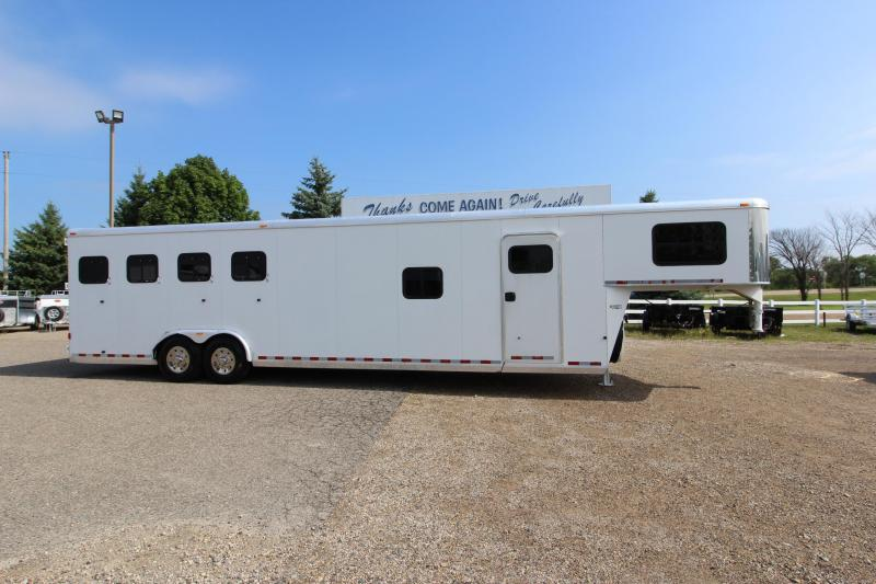 2008 Kiefer Built 4HR GN with 12' Dressing Room Horse Trailer