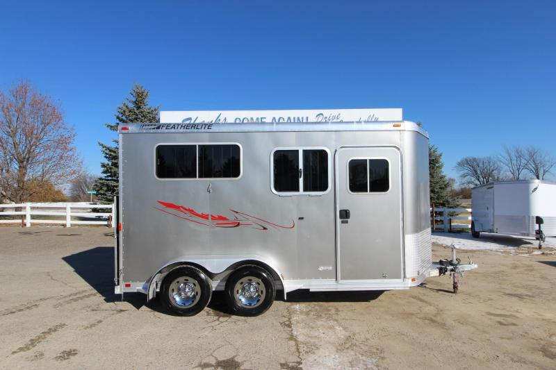2005 Featherlite 9407 2HR BP Horse Trailer