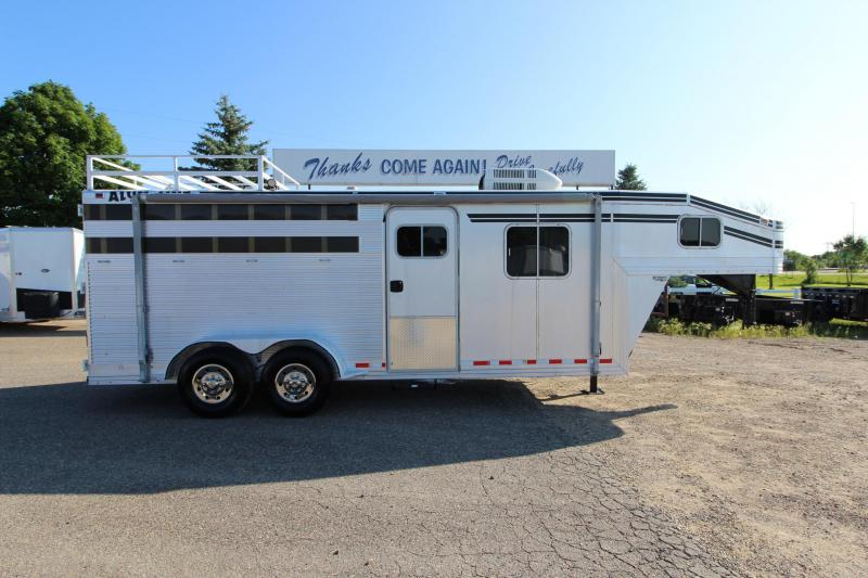 1998 Alum-Line Trailers 3HR Weekender Horse Trailer