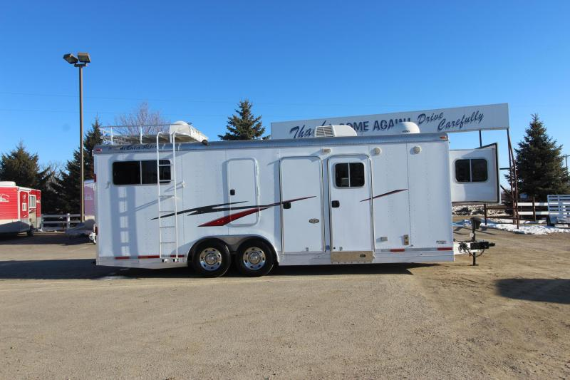 2009 Featherlite 9406 3HR BP LQ Horse Trailer