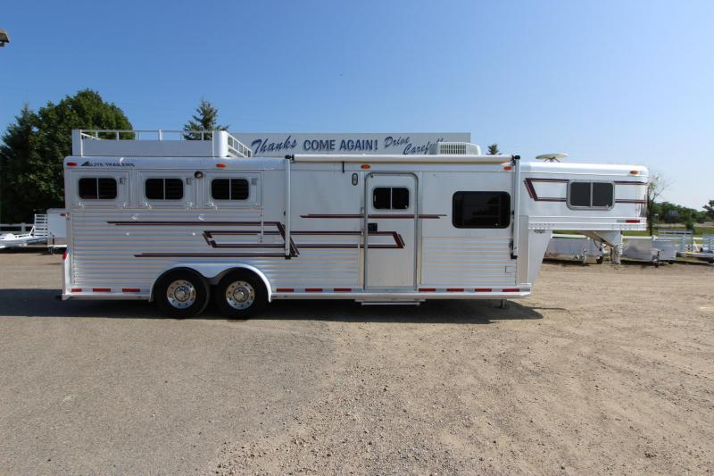 1998 Elite Trailers 3HR 10 LQ Horse Trailer