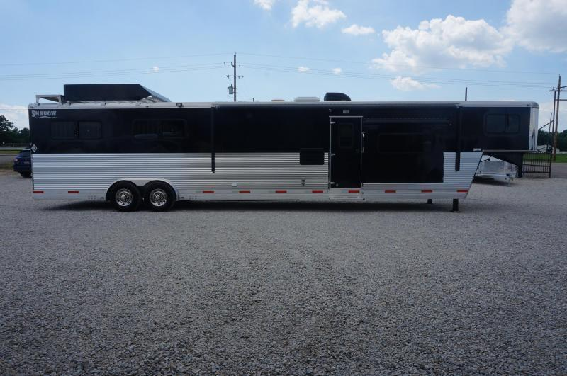 2015 Shadow 4 Horse w/ 16' Living Quarter
