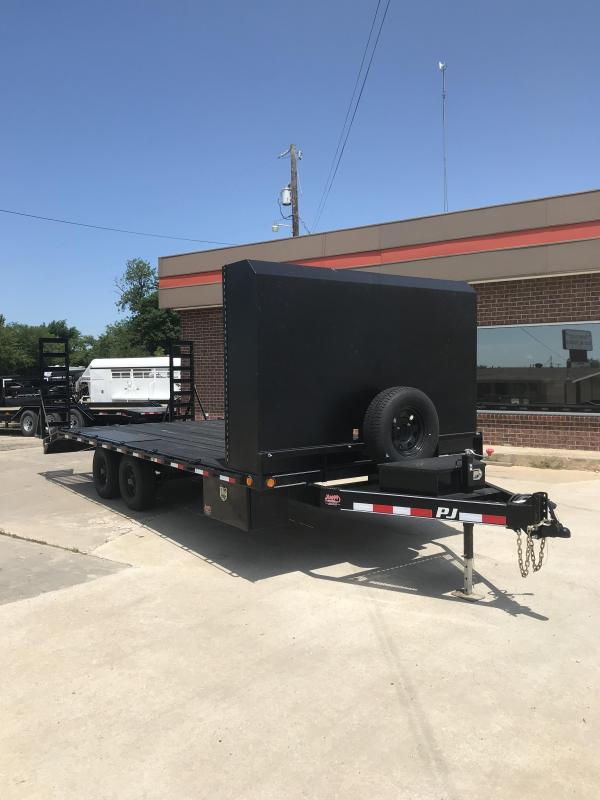 2017 PJ Trailers Medium Duty Deckover 6 in. Channel (L6) Flatbed Trailer