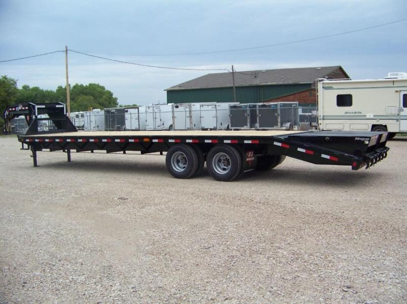 2018 PJ Trailers 32' Classic Flatdeck with Duals Trailer