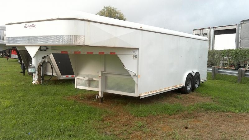 2015 Delta Manufacturing 8X20 Gooseneck Cargo Enclosed Cargo Trailer