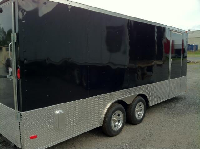 Diamond Cargo 8.5x20 VNose Enclosed Race Trailer