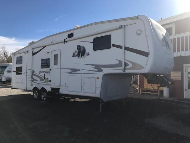 2007 Cedar Creek Silverback 33LBHTS