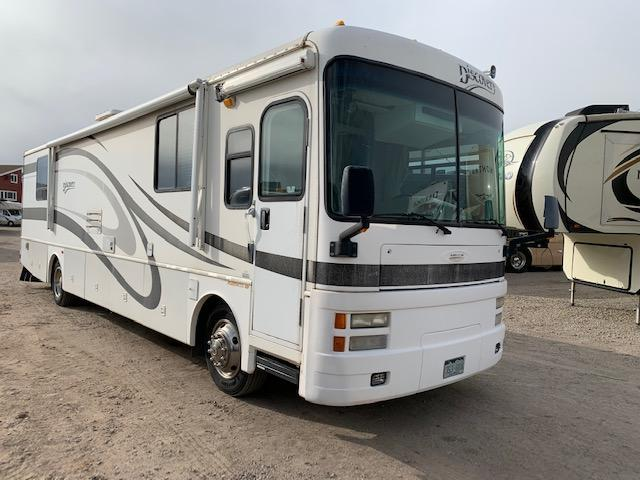2002 Fleetwood Discovery 37U Class A RV