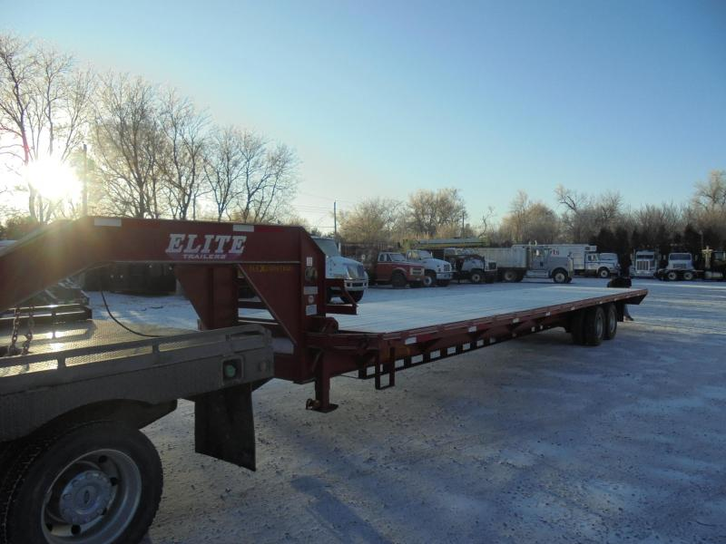 2011 Elite Trailers 40 DECK OVER EQUIPMENT TRAILER