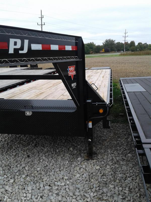 2019 30' PJ Trailers 30' Classic GooseneckFlatdeck with Singles Trailer - Monster Ramps (GVW:  15680)