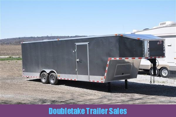32' Enclosed Gooseneck Trailer