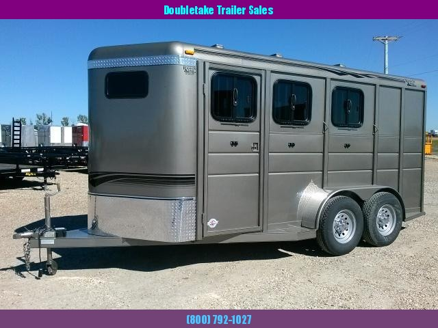 RANCH KING 3 HORSE TRAILER