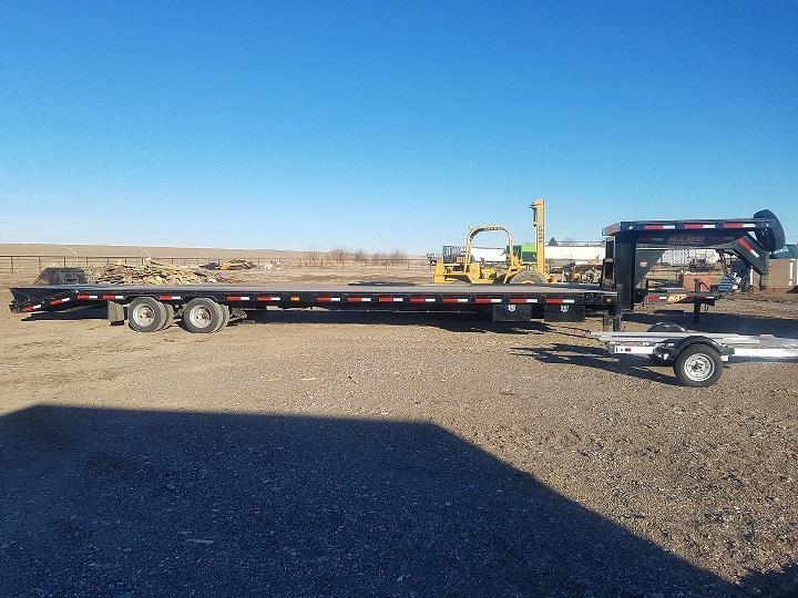 2019 MAXXD 40' x 40000 LB. GVWR Equipment Trailer
