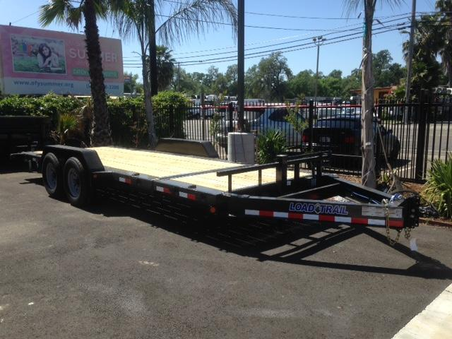"2018 Load Trail 83"" X 20' Tilt-n-go Tandem Axle Equipment Trailer"