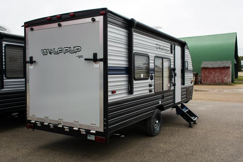 2019 Wolf Pup Limited 18RJB Toy Hauler