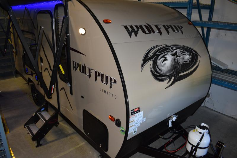 2018 Cherokee Trailers Wolf Pup 16FQ Travel Trailer