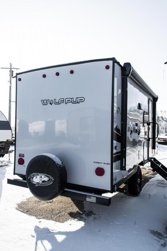 2020 Wolf Pup Limited 16BHSBL Black Label Travel Trailer w/Bunks