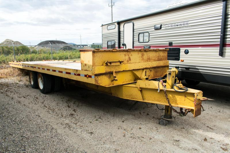 1990 Saturn Industries 8.5X28 Deckover Flatbed Trailer 40K Rated!