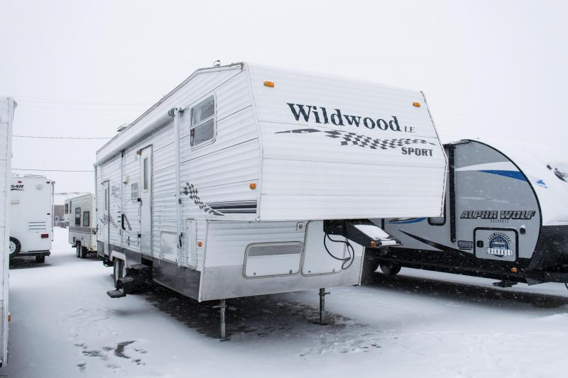 2007 Wildwood LE Sport 32SRV Toy Hauler 5th Wheel Camper