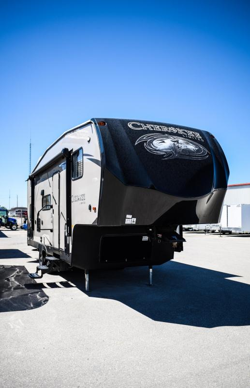 2018 Cherokee Limited 235B Fifth Wheel Travel Trailer