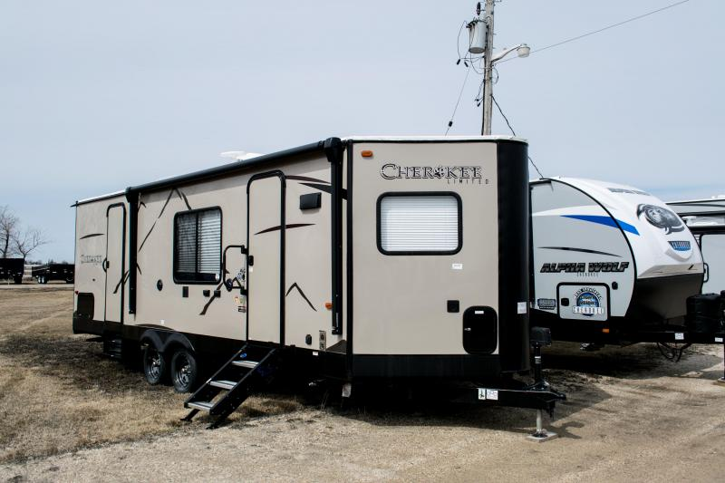 2019 Cherokee Limited 234VFK Travel Trailer