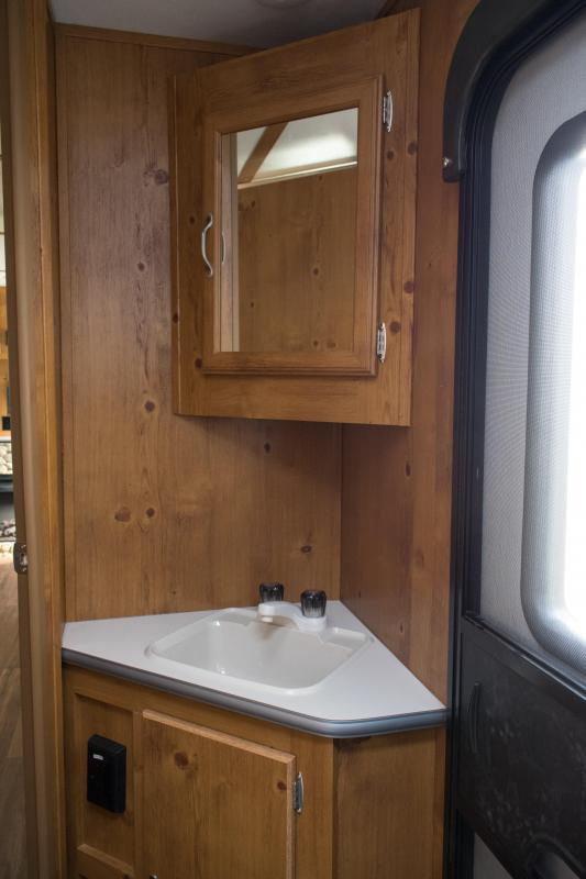 2021 Gulf Stream Cabin Cruiser 28BBS Bunk Model Travel Trailer RV