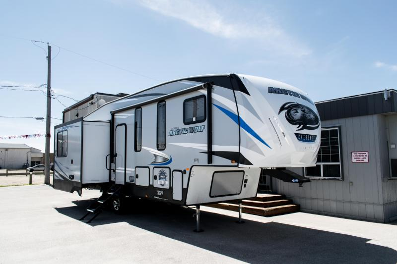 2019 Arctic Wolf Limited 295QSL8 5th Wheel Bunk Room Travel Trailer